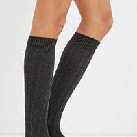 Diamond Pattern Knee-High Socks