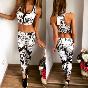 SIMPLE - Summer Women Sexy Sports Crop Top And Slim Tight Pants Two Piece a10060