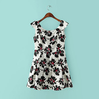 White Floral Print Zipper-Back Sleeveless Pleated Dress