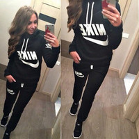 "[ On Sale ] (2 Pcs) Cotton "" Nike "" like and Logo Print Long Sleeve Women Hoodie Blouse Top Shirt and Sweatpants Bottom Set"
