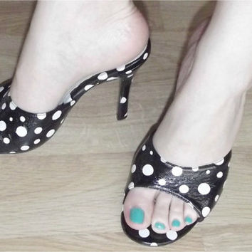 Vintage 80s 50s Frederick's Of Hollywood Polka Dot High Heel Mules 9 Black White Pin-Up Rockabilly Polly Shoes
