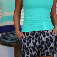 Structured Leopard Short