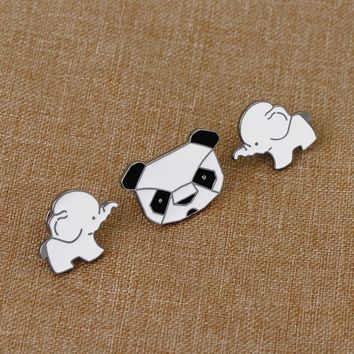 Trendy 1 pcs cartoon panda elephant metal badge brooch button pins denim jacket pin jewelry decoration badge for clothes lapel pins AT_94_13