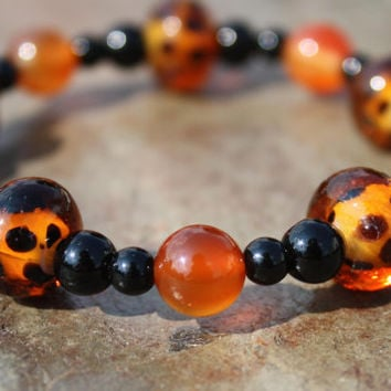 Carnelian and Obsidian with Leopard Print Glass Beads Bracelet in a Fun and Funky Halloween Color Scheme