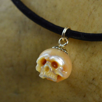 READY TO SHIP - Hand Carved Pearl Skull Pendant Necklace - Gold Pearl Necklace - Halloween Necklace - Halloween Jewelry - Skull Jewelry
