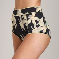 Huit Covent Garden High Waisted Panty Lys J41-9021  at Largo Drive Underwear & Swimwear