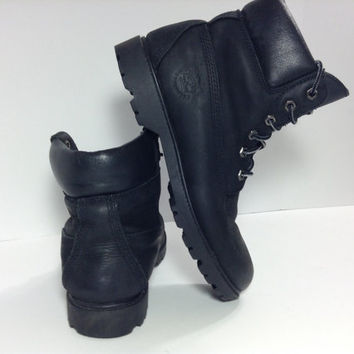 Vintage Black Timberland Boots. Black winter boots