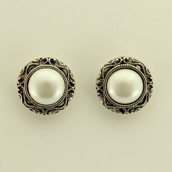 Antique Style16 mm Pearl Filigree Magnetic Clip Non Pierced or Pierced Earrings