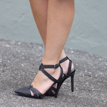 Black Strappy Pointy Toe Heels (Small/Indie Brands)