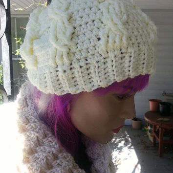 Creamy Cabled Hat
