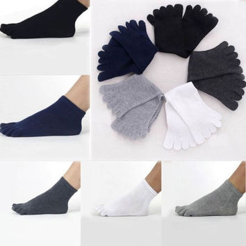 A Pair Of Summer Style Unisx Men Women's Socks Sports Five Finger Pure Cotton Socks Toe Basketball Sock = 1930205572