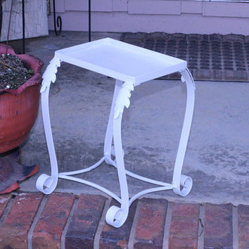 "Sturdy White Plant Stand Decorative | Small Metal Plant Stand with Curving Legs 12-13""T 