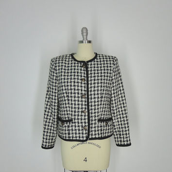1980s Houndstooth Blazer / Vintage 80s / Black and White Chanel Style Cropped Jacket / Size Small S Medium M 6