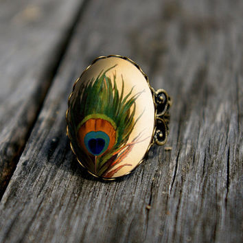 Vintage style peacock feather - adjustable ring