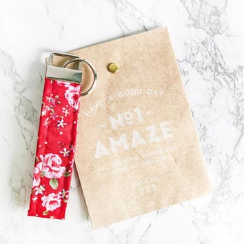 Red Floral Key Fob Wristlet Floral , Black Flower Keychain, Key Fob Wristlet, Red Flower Lanyard, Bridesmaid Gift, Bridesmaid Proposal