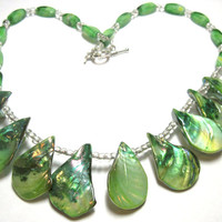 "18"" Green Shell and Glass Bead Stunning Statement Necklace"