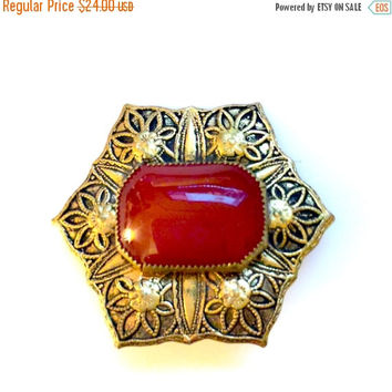 Small Victorian Brooch, Carnelian Agate, Antiqued Gold Plated, Floriated Stamped Design, Vintage Jewelry, Late 19th Century