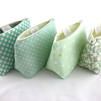 Six Makeup Bag Bridesmaid Gifts: Pastel Seafoam and Mint Green Cosmetic Bags, Bulk Order Pricing, Custom Wedding Colors, Wedding Favor