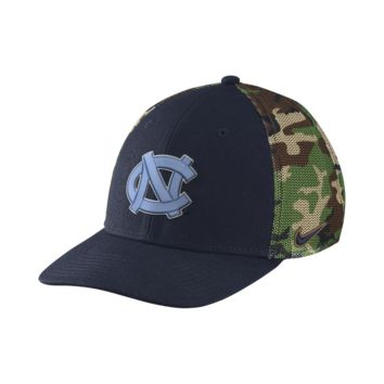 Nike Camo Hook True Swoosh Flex (UNC) Fitted Hat Size FLX