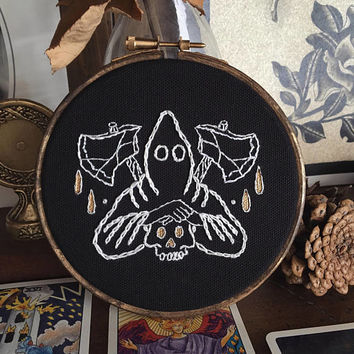 "The executioner - Traditional tattoo flash style 5"" Embroidery hoop art - hand embroidery - black work"