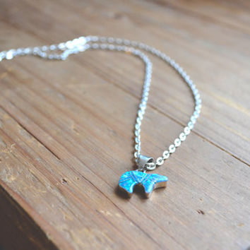 vintage inlay blue opal bear necklace // vintage zuni necklace // beautiful blue opal