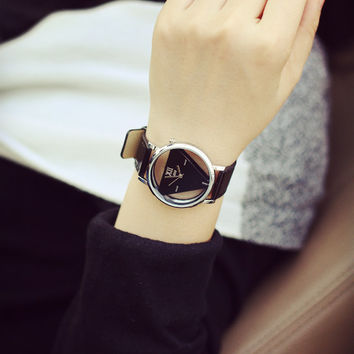2016 Women Dress Hollow Watches Vintage Leather Fashion