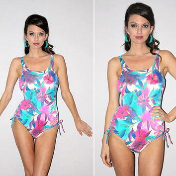 Vintage 70s One Piece Bathing Suit / Hard Cups, Pin Up Style / Tropical Asian, Hawaiian Floral Print / Vibrant Colors Swimsuit / Small