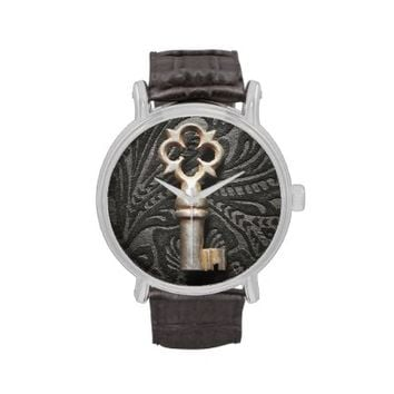 Unlock Time Vintage Leather Watch
