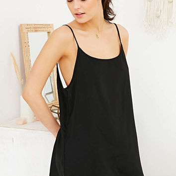Out From Under Lyla Basic Slip - Urban Outfitters
