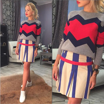 Contrast Color Splicing Pullover Scoop Knit Sweater
