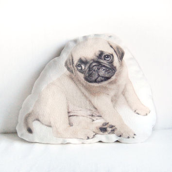 """Pug Puppy Pillow – Funny and Cute Pug Dog, Pet Lover Gift, Natural Linen Cushion, 17,3"""" x 12,6"""""""