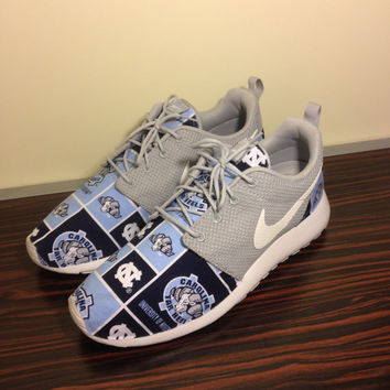 "Custom Nike Roshe Run ""UNC Tarheels"""