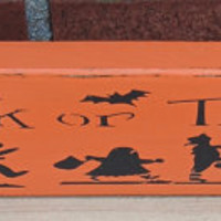 Halloween Sign - Trick or Treat,Reclaimed Wood Sign,Primitive Halloween Sign,Halloween Decor,Halloween Decorations,Halloween Primitive Sign