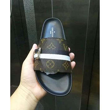 Louis Vuitton LV Fashion Women Casual Flats Slipper Sandals Shoes Coffee I-ALS-XZ