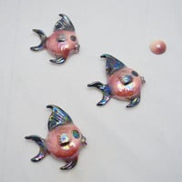 Set of 3 Vintage Ceramicraft Fish, 1 Bubble, Baby Fish, Iridescent Dark Pink and Black, 1950s Bathroom Decor, Wall Hangings