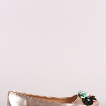 Qupid Metallic Sequin Floral Applique Pointy Toe Flat