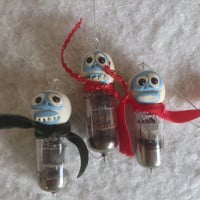 3 Bumbles Abominable Snowman vacuum tube Christmas Ornaments Keepsake gift box set Polymer clay head tv radio tube Techie Xmas tree decor