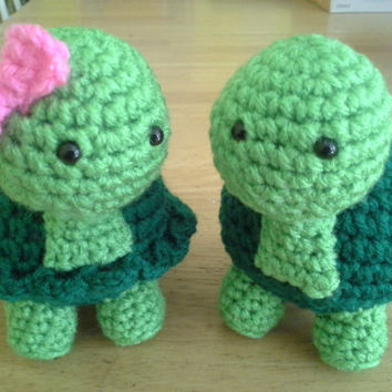 Turtle Set (Boy & Girl) Crochet Amigurumi Stuffed Animal Plush- Green