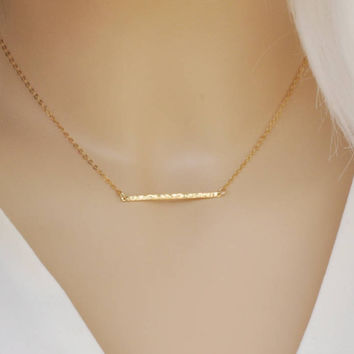 Hammered bar necklace / 14 Gold Filled  / Dainty jewelry / Gift for her / Minimalist Necklace / Simple and Elegant / Bridesmaid Gift