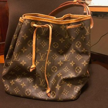 PEAP6Q louis vuittons shoulder bag