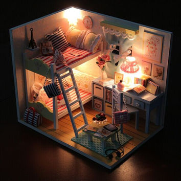 Hoomeda DIY Wood LED Light Doll house Children's Memories With Miniature Furniture Dust Cover Dollhouse Gift For Children Girls