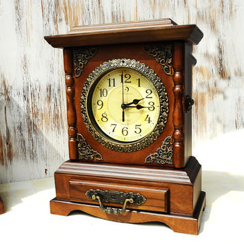 Vintage Clock Home Accessory Box [6282958406]