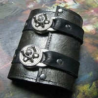 Leather Steampunk Credit Card Wristband Wallet Cuff for Women and Men - Pewter