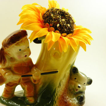 Vintage Ceramic Planter vase American Bisque Davy Crockett hunting bear brown's Yellow green