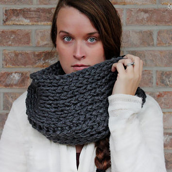 Infinity scarf - Charcoal - crochet infinity cowl- womens scarf - modern - cozy - winter - chunky