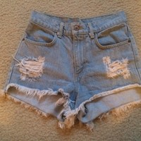 Brandy Melville high waisted shorts!