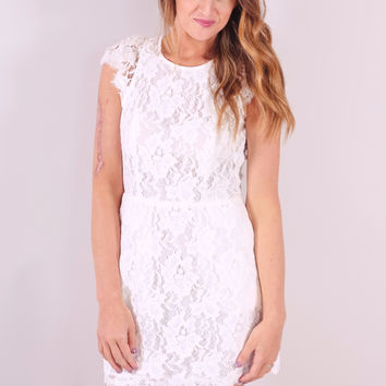 Fallin' For You Dress - Ivory