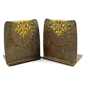 Roycroft Hammered Copper & Brass Bookends. Early 1900s Arts and Crafts Movement.