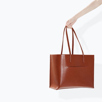 Shopper bag with pocket