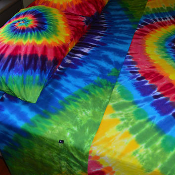 Hand Dyed Twin Sheet Set In Vibrant Rainbow Tie Dye Colors - Psychedelic Bedding